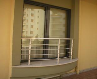 Системы ограждений для французских балконов.